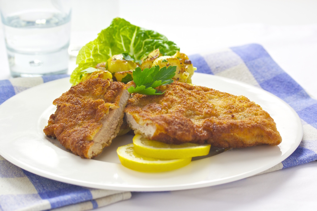 Münchner Schnitzel mit Bratkartoffeln