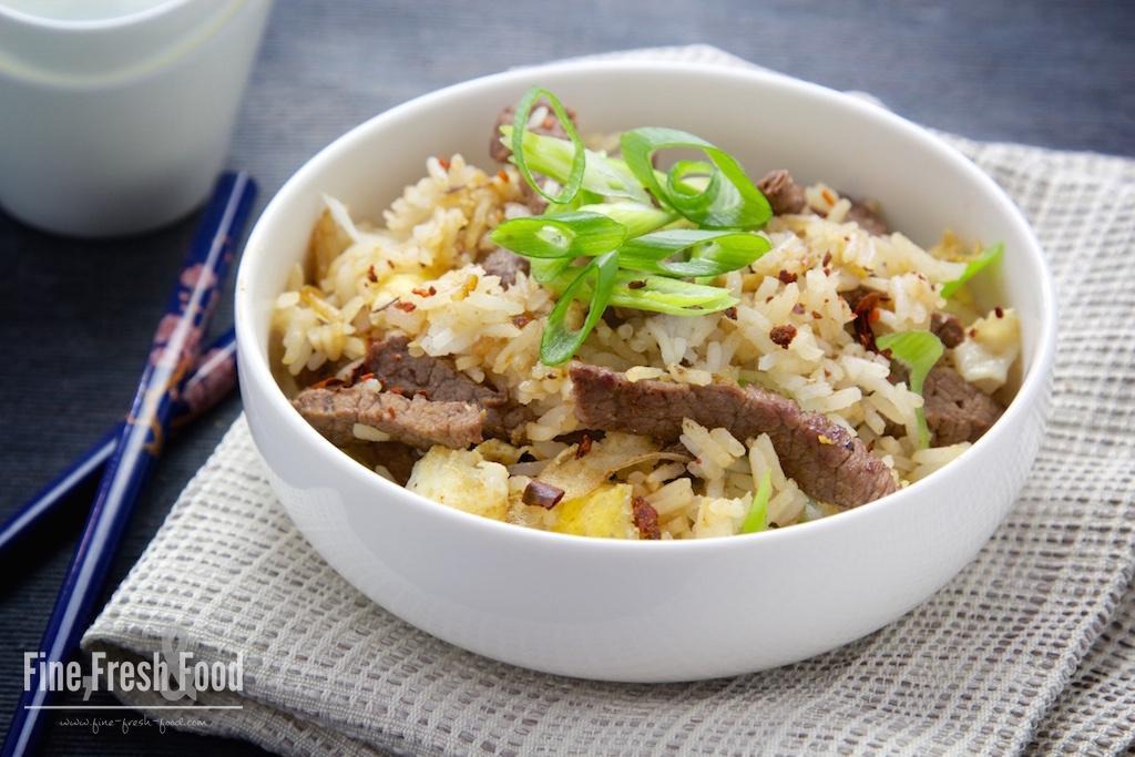 Gebratener Reis mit Rinderstreifen