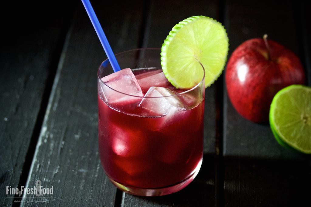 Sloe Gin & Apple Juice